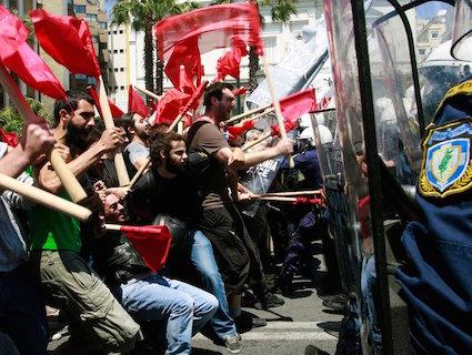 Syriza_mayday-72ae8c9e1c76f00467908b73ca86daa0-