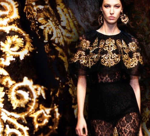 Dolce-and-gabbana-fw13-baroque-collection-embroidered-dresses-lace-gold-741bca082cbd2476f04ab392048a28bc-
