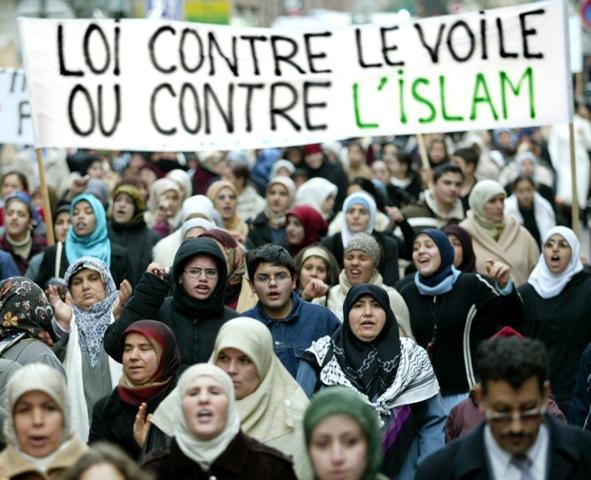 Hijab-protest-a95049c570556d9b300bb359b938a6bc-