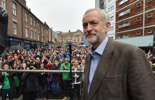 Corbyn-rally-571c5e8462d5f746a574d6795bec11c7-