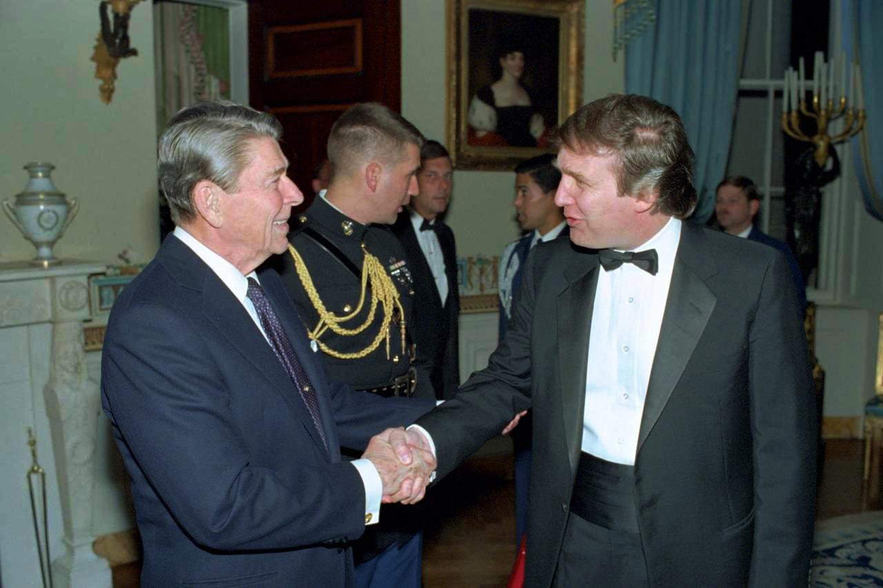 Trump_meets_reagan-510bed770a42e0179bdee2dd9a008b3c-