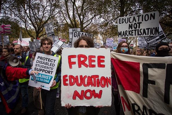 Studentprotest-85774ee602b3d410a34b270b35d76679-