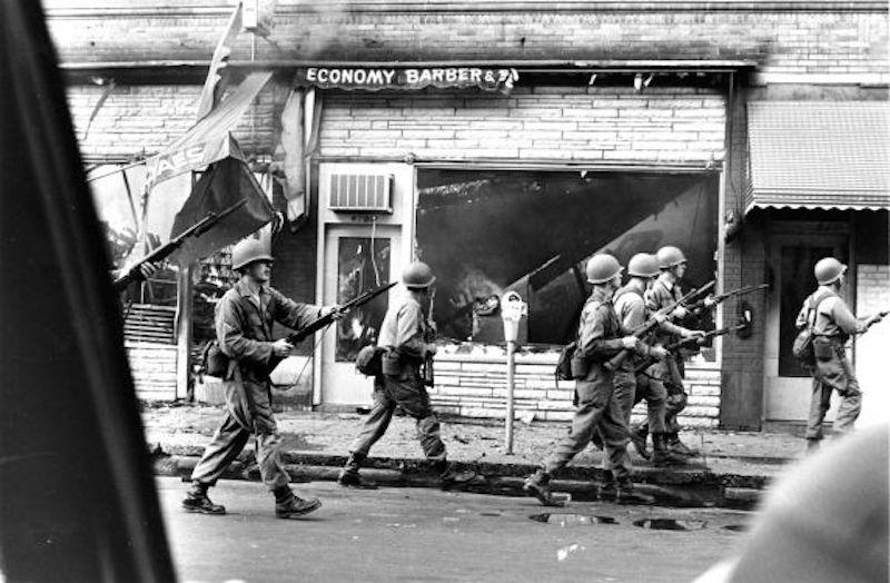 Detroit_1967_linwood_st-