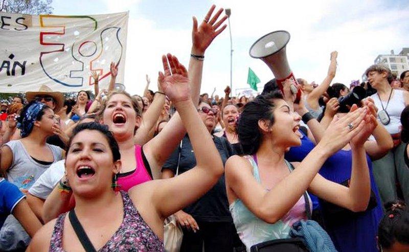 Encuentro_nacional_de_mujeres_rosario_2016-