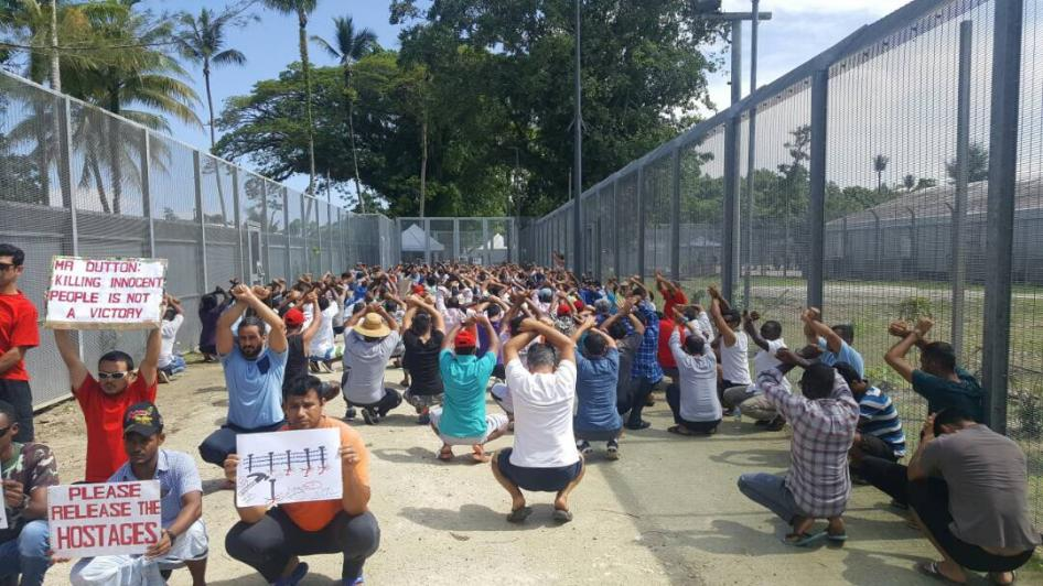 Australia_offshore_refugee_detention_centre_manus_island-