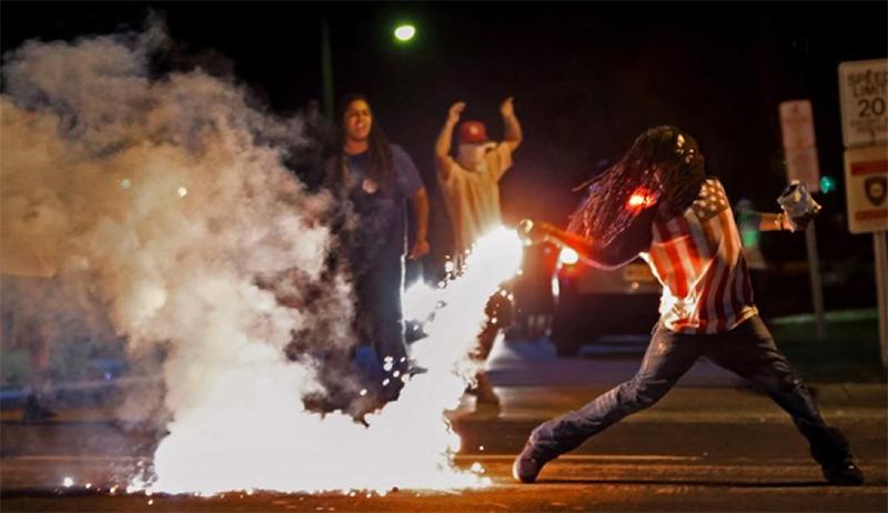 Tear_gas-
