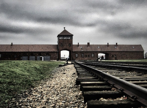 Auschwitz-flickr-yam-amir-978x720-www.swlonder.co_.uk_-918a8604f8a0676004691756ce263143--