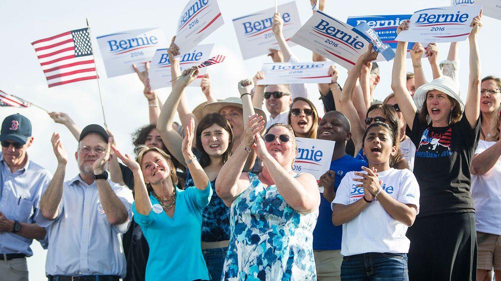 Bernie_sanders_supporters-