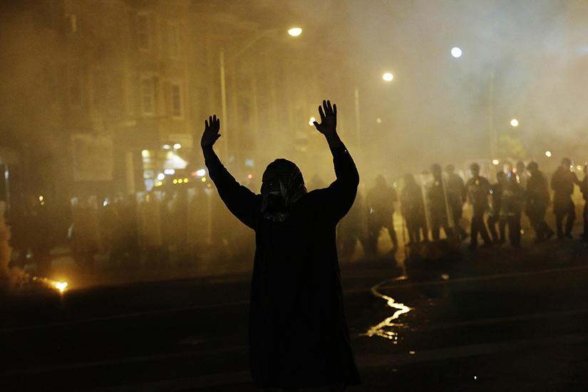 Ferguson_protestor_hands_up-