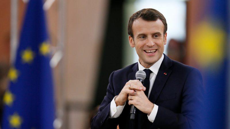 Macron-eu-flags-800x450-