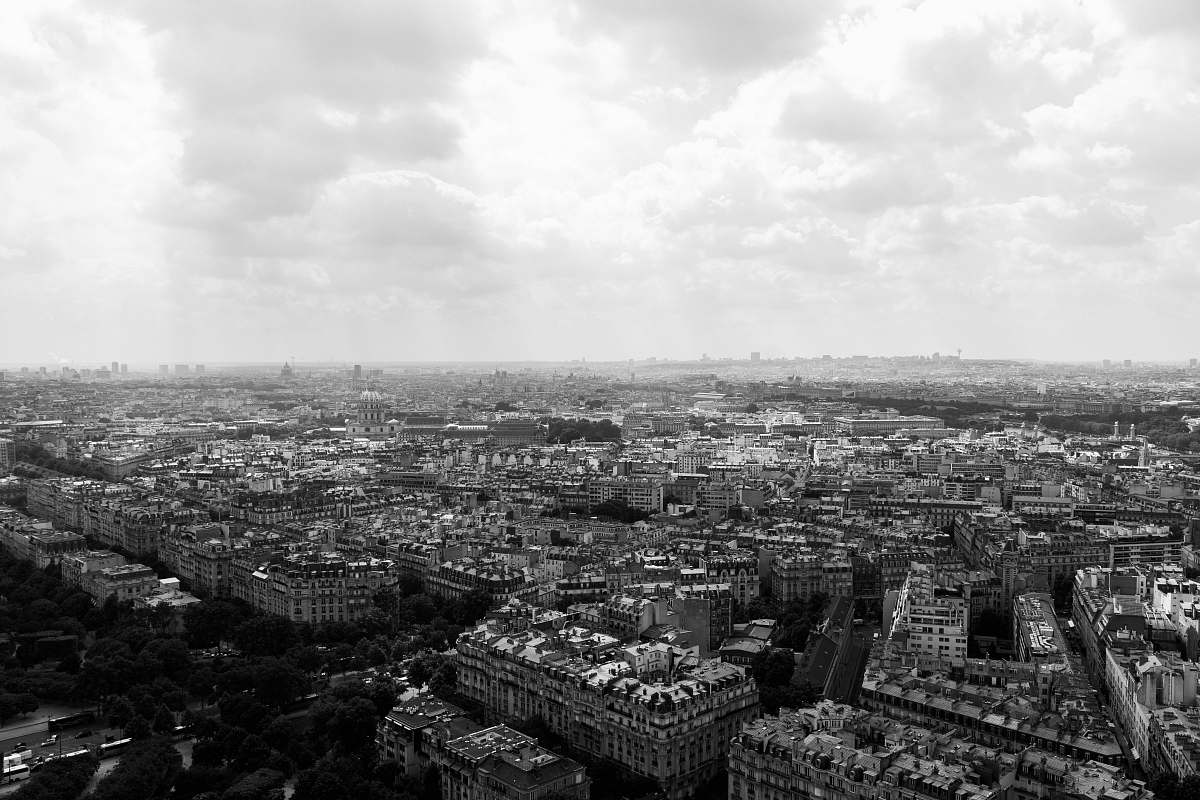 Black-and-white-grayscale-photo-of-building-city-city-image-
