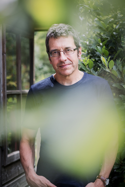 George_monbiot_leaf_portrait_2_-f_medium
